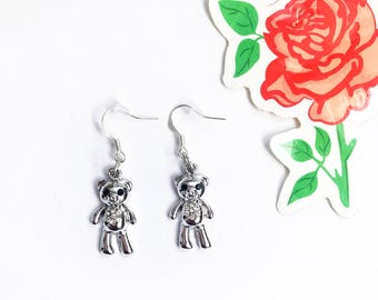 The teddy bear earrings