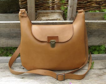 Brown leather Crossbody handbag