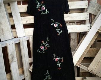 Vintage 90s Beaded Velvet Black Long Dress (Size 8P)