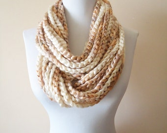 Chain Loop Scarf, Crochet Chain Loop Scarf, Creamy Brown Circle scarf, Milky Brown Creamy Ombre Crochet Scarf, Chain Circle Scarves