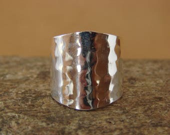 Navajo handmade sterling silver wide band hammered ring size 8