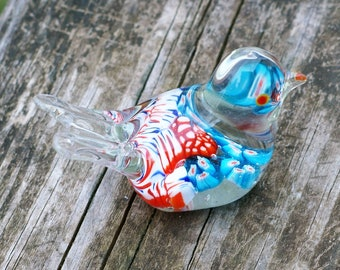 Beautiful Art Glass Bird Paperweight