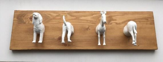 Dierenkapstok hout/wit