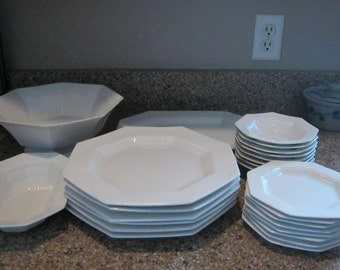 Independence Interpace 25 Piece China Dining Set Franciscan