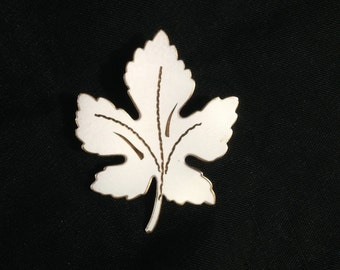 Maple Leaf Brooch Pin Gold Copper Etched White Enamel Vintage 1970s - #263