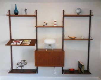 Mid Century Danish Cado Wall Unit in Walnut by Paul Cadovious for Royal Sytem