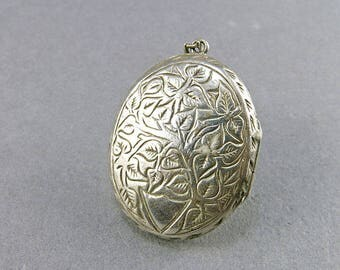 Vintage Locket Sterling Locket Pendant Picture Locket Wedding Jewelry Silver Locket Antique Collectibles