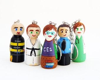 Figurine Keychain / Peg doll Keychain / key chain customized / personalized doctor, fireman, policeman, centerpiece, judoka Figurine