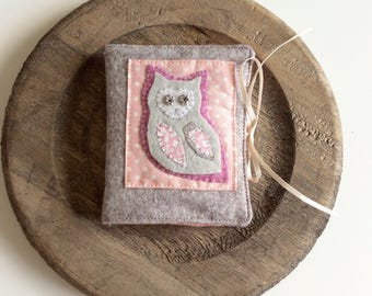 Pink owl needlebook, Mother's Day gift,felt needle case, needle wallet, needle keeper, her gift, sewing gift, sewing accessory, Paisley