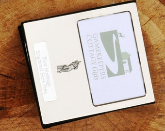 Cricketer pewter cricket Design Silver Personalised Photo Album FREE ENGRAVING pewter emblem holds 100 6x4 photos