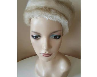 FINAL CLEARANCE Vintage 1960s Cream Tone Faux Fur Winter Hat in a Children's Small Size