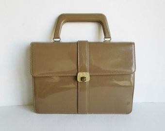 60s Beige Vintage Hand Bag // Vegan // Golden Closure
