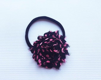 Black with hot pink polka dot shabby flower headband // Nylon headband // Baby headband // Baby // Elastic headband