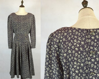 30% Off Summer Sale / Japanese Vintage Floral Dress / Gray Dress / Day Dress / Garden Dress / Made in Japan / Size Small Medium