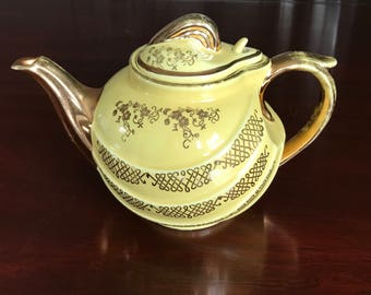 Vintage Teapot, Hall Pottery Aladdin style Teapot in canary yellow with gold accents, 0799GL