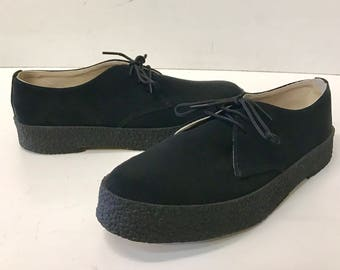 Chukka Shoe in Black Suede
