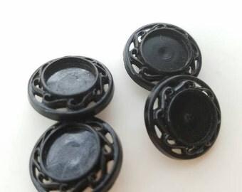 Vintage style black bottle cap buttons. Lot of 4. (Feb38)