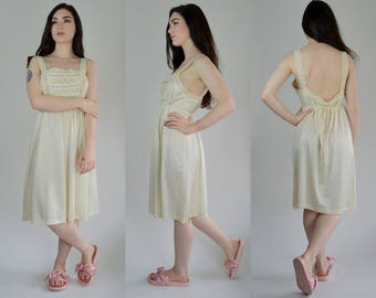 Nightie | Large | 1970s Lace Lingerie 70s Ivory Nightgown Vintage Negligee Slip