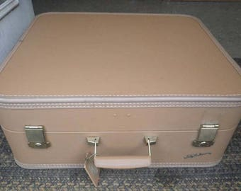 Vintage Lady Baltimore Hardshell Brown Luxurious Luggage with BUILTIN Garment Hanger and HANGERS