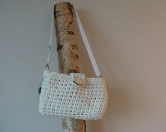 Crochet white zpagetti bag