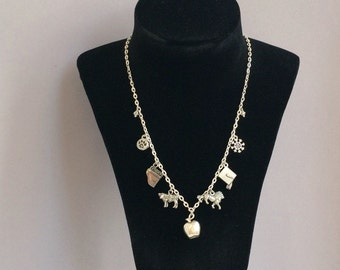 Twilight neckace - Bella and Edward tribute charm necklace - Limited edition - Gift for Twilight Saga fan - Stephenie Meyer fan