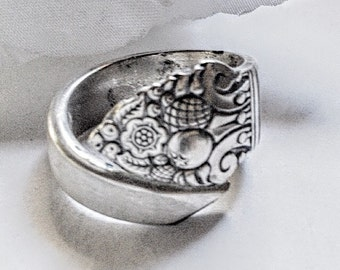Antique Spoon Ring, For Her, Silver Spoon Ring, Spiral Spoon Ring, Antique Silver Ring, Bent Spoon Ring, Spoon Ring, Vintage Silverware Ring