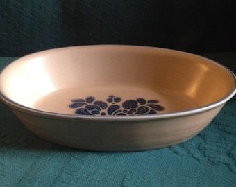 "Pfaltzgraff 9.5"" Oval Baker Stoneware Blue Tan Oval Serving Bowl Baker #241"