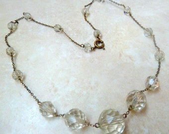 Vintage Art Deco Clear Glass Graduated Beaded Necklace.