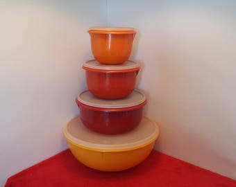 Vintage Tupperware mixing bowl set of 4 with seals,  tupperware nestings bowls, tupperware fix and mix