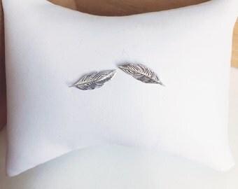 Small leaf Stud Earrings-925 sterling silver / silver sterling earrings
