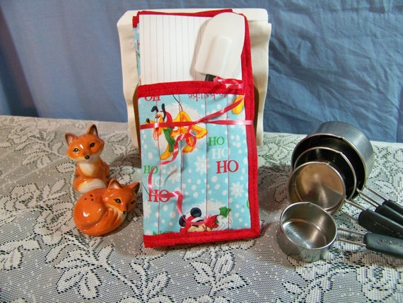 Mickey Mouse and Pluto Winter Pot Holders