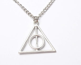 Deathly Hallows jewelry, Deathly Hallows necklace silver hogwarts, Harry Potter jewelry, harry potter fan jewelry, wizard, magnificent beast