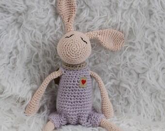 Amigurumi hero rabbit pink