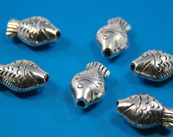 Large Silver Bali Style Pewter Fish  ( 14 x 20mm)   6 beads