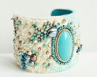 Cuff bracelet, statement bracelet, beaded bracelet, jewelry, cabochon bracelet, cream turquoise, bead embroidery, handmade jewelry.