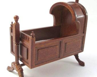 1/12 Scale Dollhouse Roombox Diorama Tudor Baby Cradle Jbm J5006