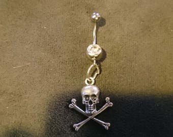 Skull and crossbones belly ring