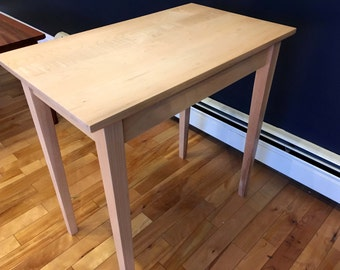 Maple End Table / Side Table