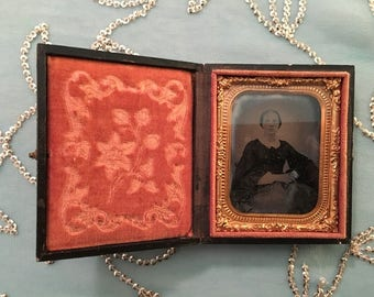 Early 'photo', Victorian lady daguerreotype - 1850's or 1860's