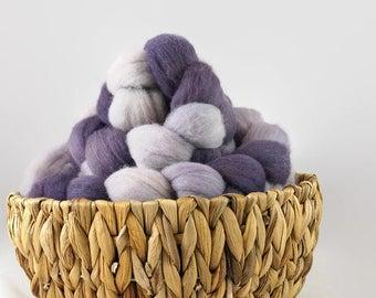 Hand dyed roving gradient set - german merino spinning fiber - Lilac
