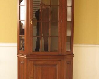 42214E: PENNSYLVANIA HOUSE Cherry Corner Cabinet w. Lighted Interior