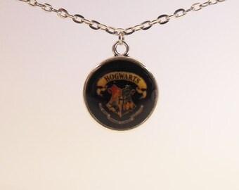 Hogwarts Crest, Round Necklace