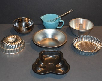 8 Piece Collection of Child Size Bake Ware