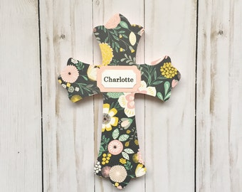 Baptism Cross, Girl Baptism Gift, Floral Cross, Baby Dedication Gift, First Communion, Wall Cross, Baby Girl, Personalized Cross, Wood Cross