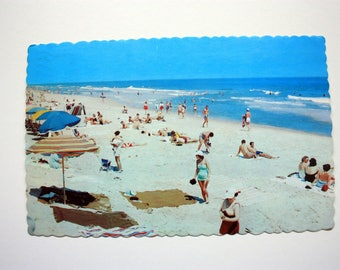 Hi Postcard 1971 / Greetings from Wasaga Beach Postcard / Osbornes / longest Beach Postcards
