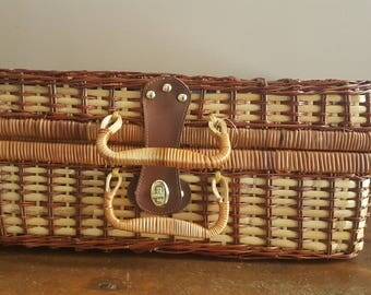 Vintage Picnic Basket, Wood Picnic Basket, Wicker Basket, Woven Basket, Food Basket, Basket, Picnic, Storage, Food Organization, Family