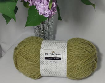 ALPACA Spring Green Skein of Yarn. Bulky. Weight 6 / 130 Yards. Hypoallergenic Alternative to Wool. Very Soft. Machine Washable.
