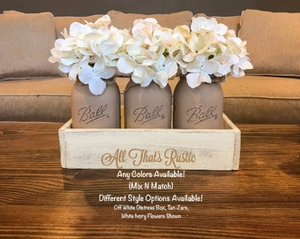 Painted Mason Jar Decor, Mason Jar Centerpiece, Floral Centerpiece, Mason Jars, Rustic Decor, Mason Jar Decor, Table Decor, Pallet Decor