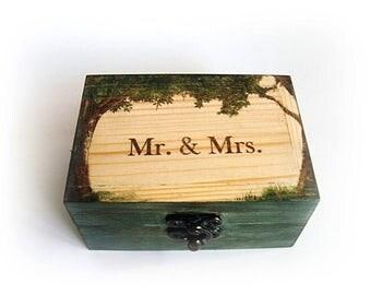 Natural wood box, Mr. and Mrs. box, Green box, Box for rings, Box wedding rings, Storage rings, Jewelry Box, Wedding box, Rustic jewelry box