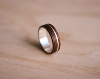 Sterling Silver Inlay & Stainless Steel Liner with Santos Rosewood Bentwood Ring